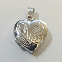 Ciondolo cuore portafoto in argento.