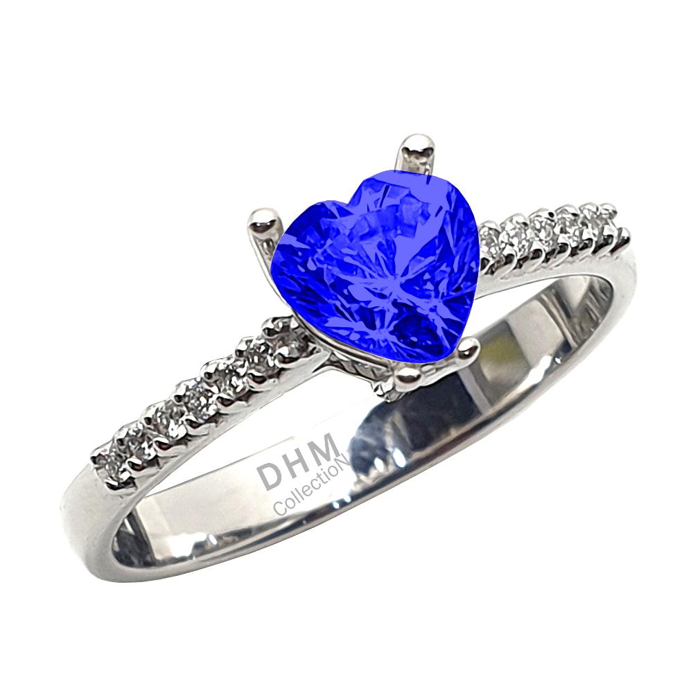 Anello DHM con zaffiro e diamanti.