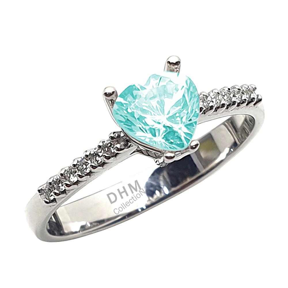Anello DHM con acquamarina e diamanti.