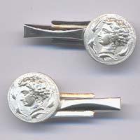 Gemelli in argento raffiguranti l'aretusa.