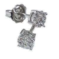 Orecchini con diamanti naturali.