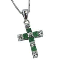 Pendente con smeraldi e diamanti.